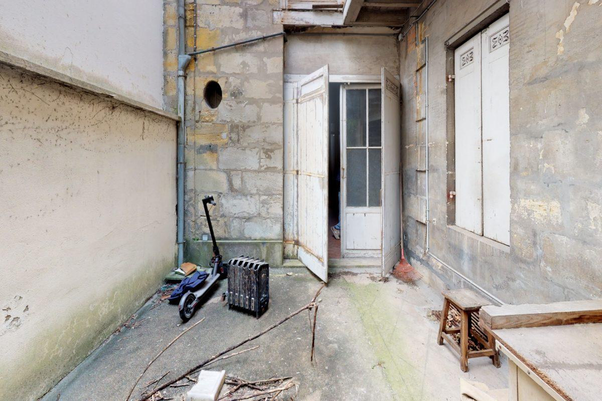 165-Rue-Judaique-Basement